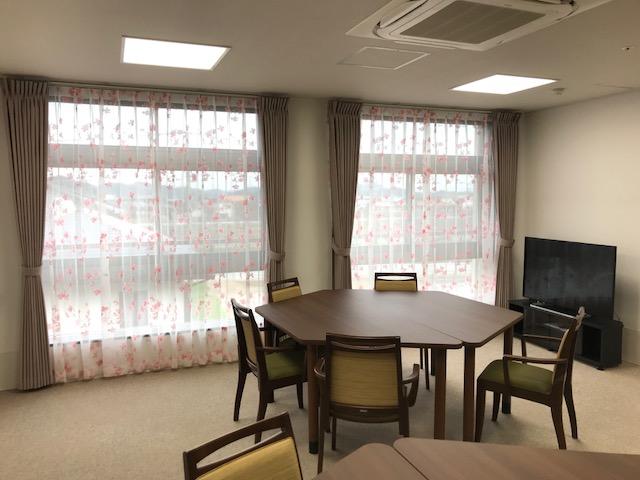 岡垣の介護老人保健施設 カーテンの納品9