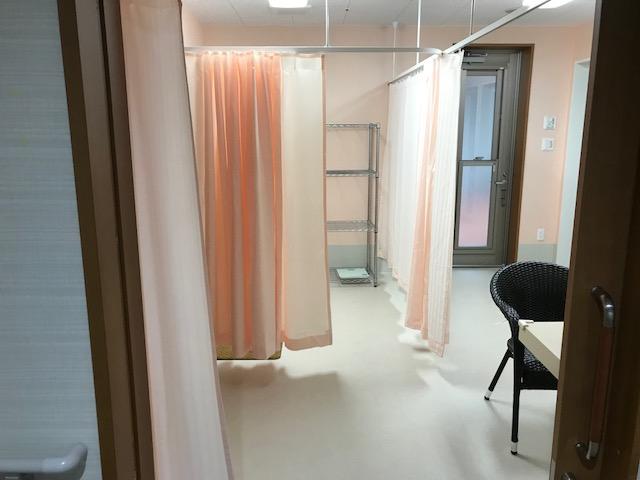 岡垣の介護老人保健施設 カーテンの納品4