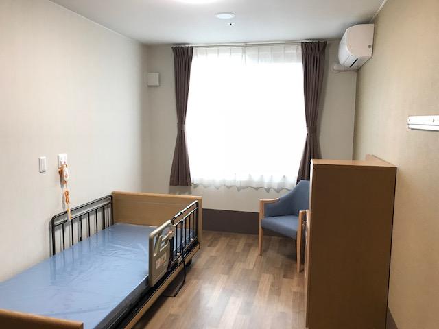 岡垣の介護老人保健施設 カーテンの納品5