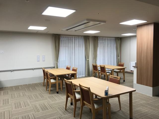 岡垣の介護老人保健施設 カーテンの納品6