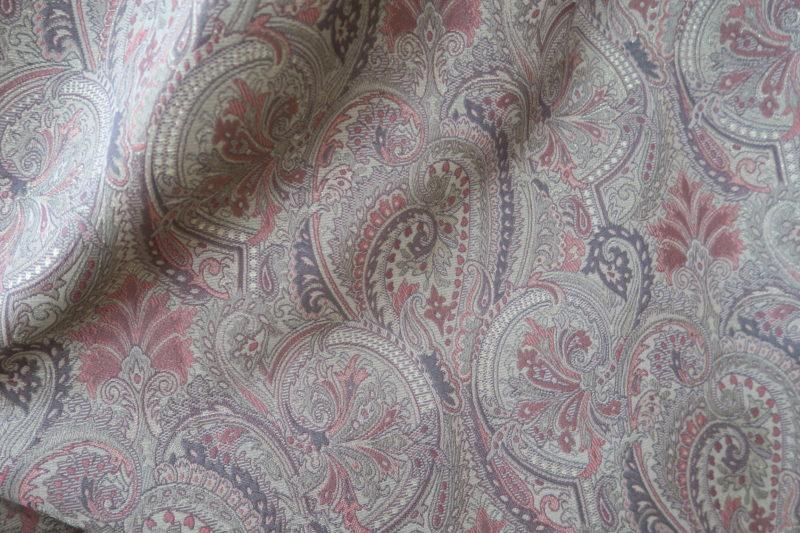 国産ジャガード織のオーダーカーテン