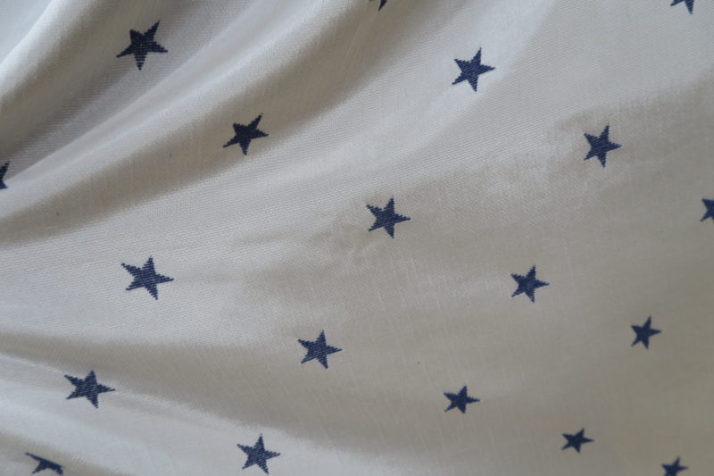 星柄のオーダーカーテン
